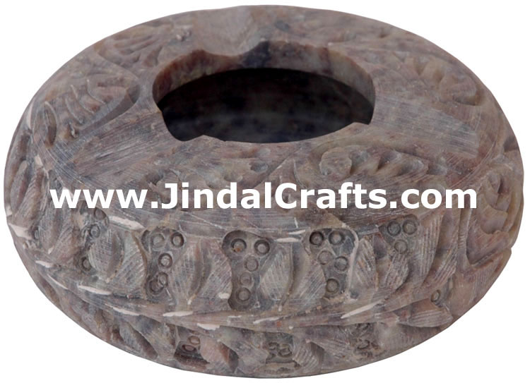 Hand Carved Soft Stone Ash Tray Indian Art