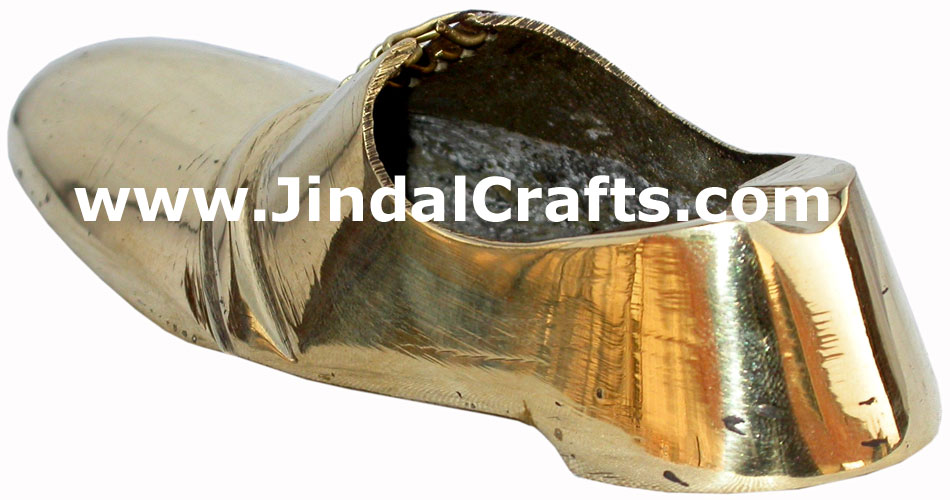 Brass Ashtray - Shoe Shaped Indian Art Craft Handicraft Metal Smoking Ashtray