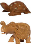Jindal Crafts is proud to have a large range of handmade animal figures, which is best idea to gift to someone you love. Our collection have Elephants, Horses, Turtles, Camels, Frogs, Crocodile, Fish and Goats etc.